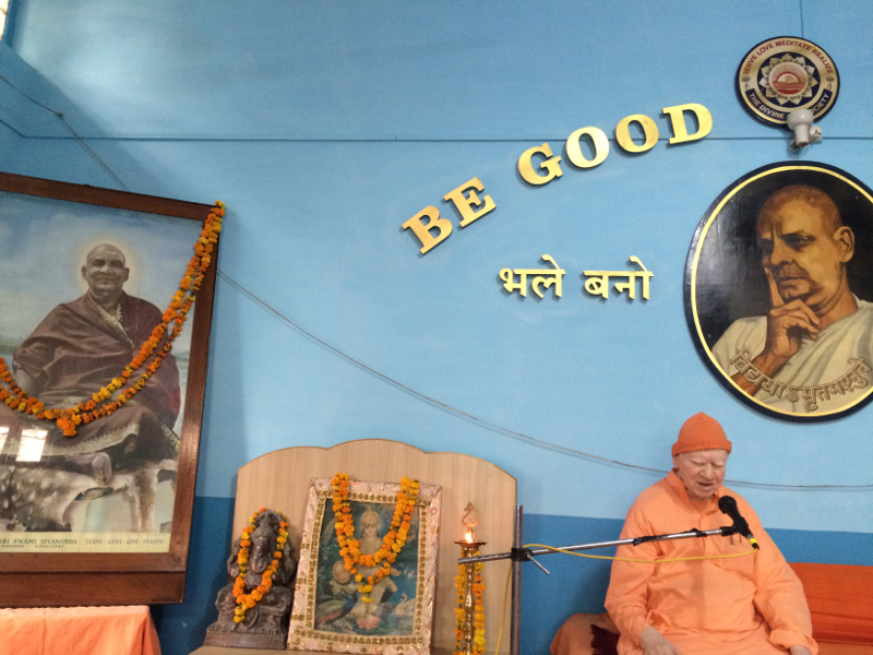 Swami Vimalanandaji Maharaj, the President of Divine Life Society at the valedictory function